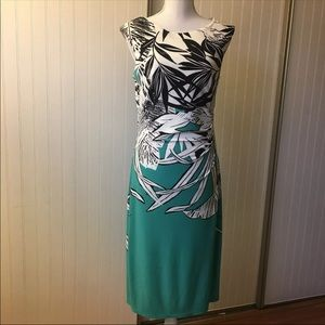 Dresses & Skirts - Gorgeous spring dress. Size 4-6